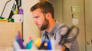 3 formas de ascender en tu empleo, aun trabajando desde casa
