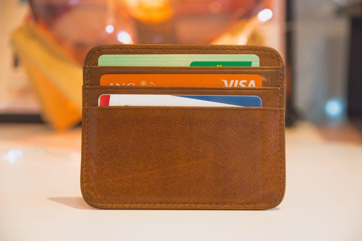 Segundo cheque de estímulo: el doble de personas lo recibirá en la forma de tarjeta de débito