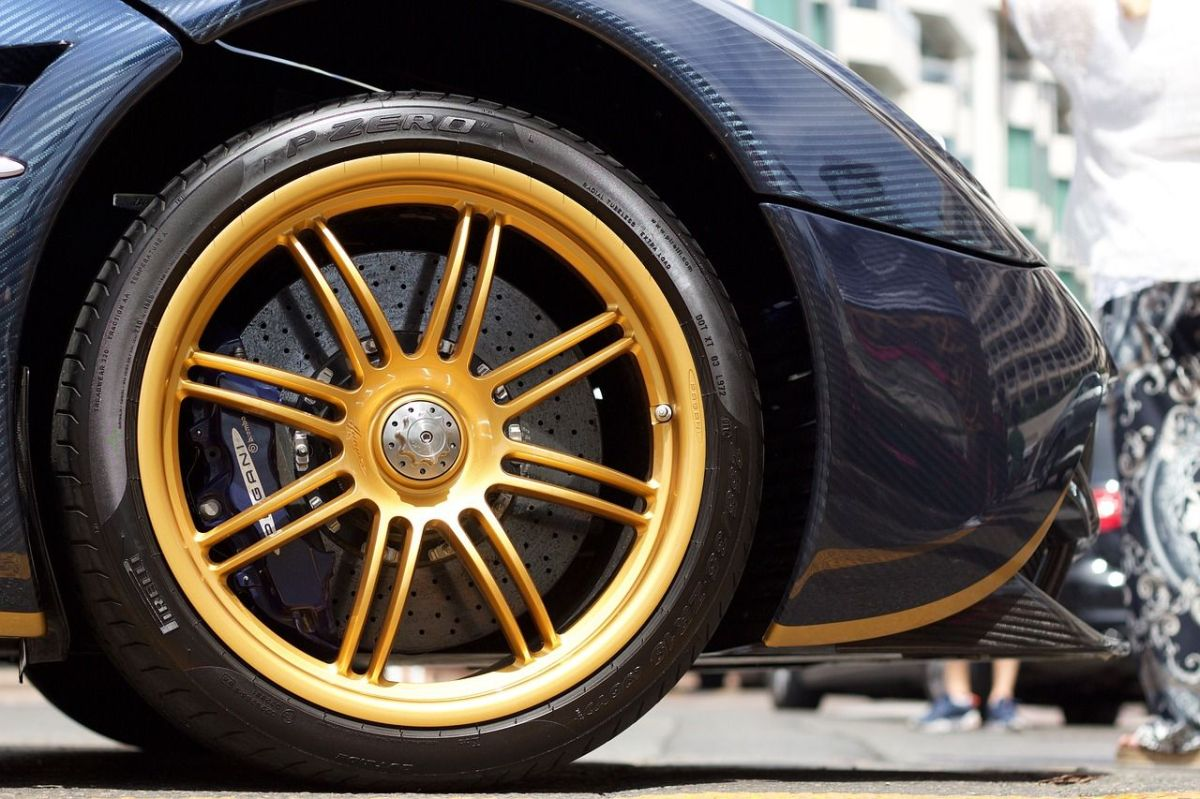 Pirelli mejora sus neumáticos insignia Cinturato P7 y los hace inteligentes