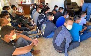 Descubren 'casa de seguridad' de polleros con 21 inmigrantes indocumentados