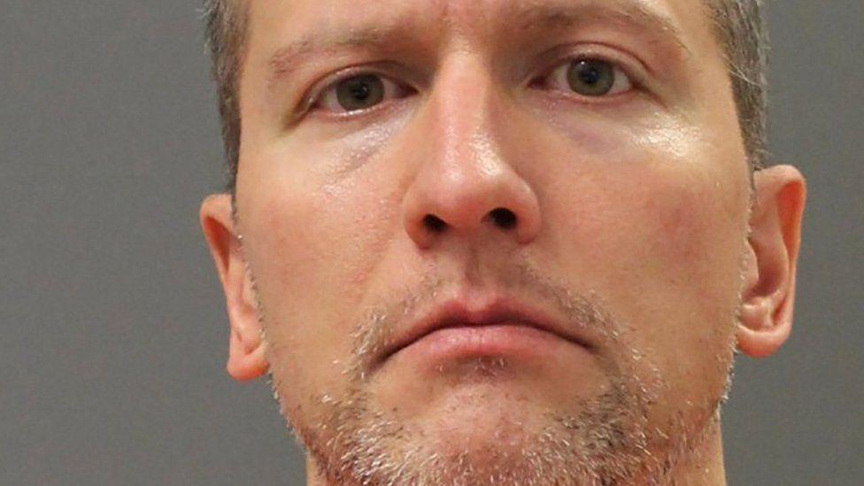 """""""Un policía que perdía el control"""", lo que se sabe de Derek Chauvin, el exagente acusado por la muerte George Floyd"""