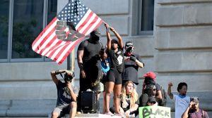 En imágenes: Multitudinarias protestas exigen fin de racismo y brutalidad policial en EEUU