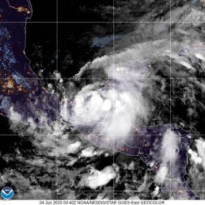 La tormenta Cristóbal puede acercarse a la costa sur de EE.UU. con fuerza de huracán