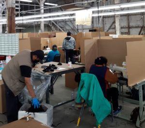 Exigen pago por hora para trabajadores de la industria de la costura
