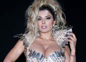 Aleida Núñez se ejercitó en entallados leggings y sus fans la llenaron de elogios
