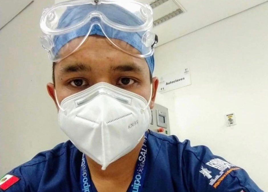 Un joven enfermero frente al COVID-19 en uno de los municipios más pobres de México