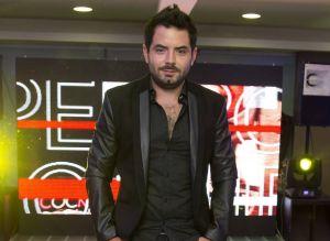 Entre revelaciones de amores pasados y secretos familiares, José Eduardo Derbez destaca como youtuber