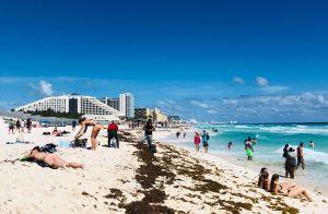 Una banda rumana robó más de $1,200 millones de dólares clonando tarjetas de turistas en playas de México