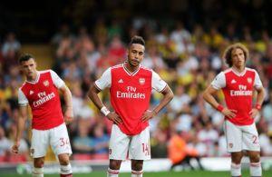 Problemas en la Premier: Jugador del Arsenal dio positivo por coronavirus y estuvo en contacto con dos más