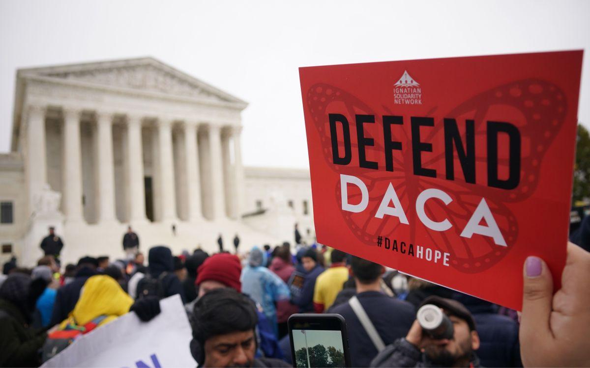 70 % de estadounidenses apoya abrir una senda de 8 años para otorgar ciudadanía a inmigrantes