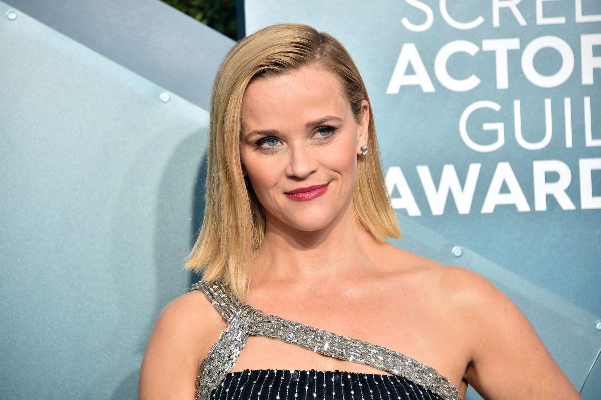 Aprende a preparar el batido que Reese Witherspoon toma a diario para estar enérgica y delgada