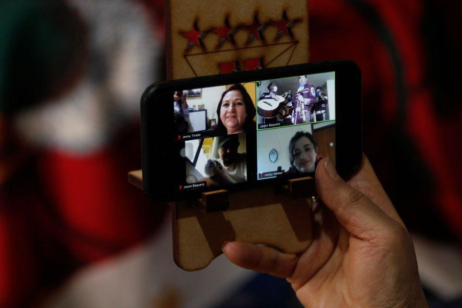 Por qué el FBI busca acceder a las videollamadas de los usuarios gratuitos de Zoom