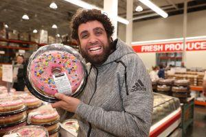 Costco deja de vender los icónicos pasteles de $20 dólares como medida para combatir al coronavirus