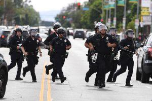 El Fiscal de California revela que trabaja en reformas policiales para el estado