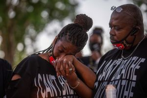 ¿Qué se sabe de los casos de afroamericanos ahorcados en sur de California? Familias niegan suicidio