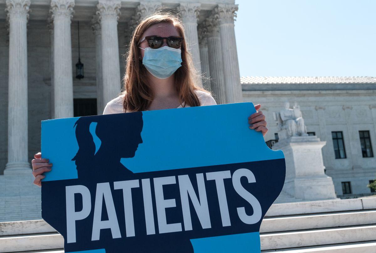 Corte Suprema toma decisión histórica sobre ley contra el aborto