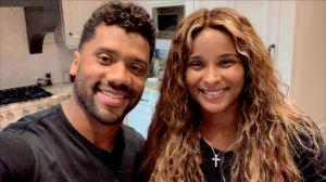 VIDEO: Russell Wilson y Ciara practican su español con dueto de Trap en Tik Tok