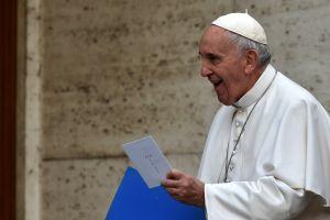 """""""Dios no puede bendecir el pecado"""" Polémico mensaje de El Vaticano sobre """"La unión entre homosexuales"""""""