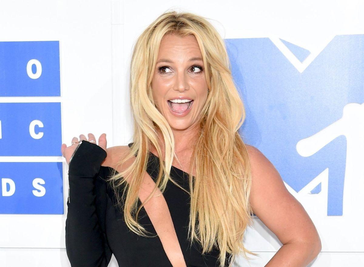 Juez mantiene en secreto el juicio de Britney Spears, mientras fans piden su libertad