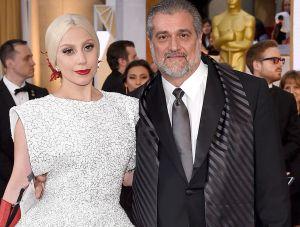 Lady Gaga le dio al papá un regalo de 4 dólares