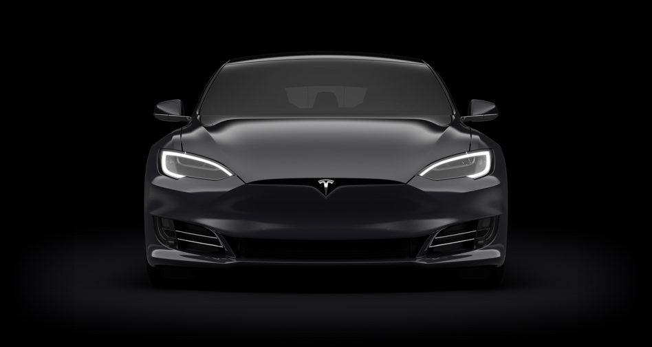 Qué es el modo Ludicrous+ de Tesla que permite aumentar la velocidad de tu auto