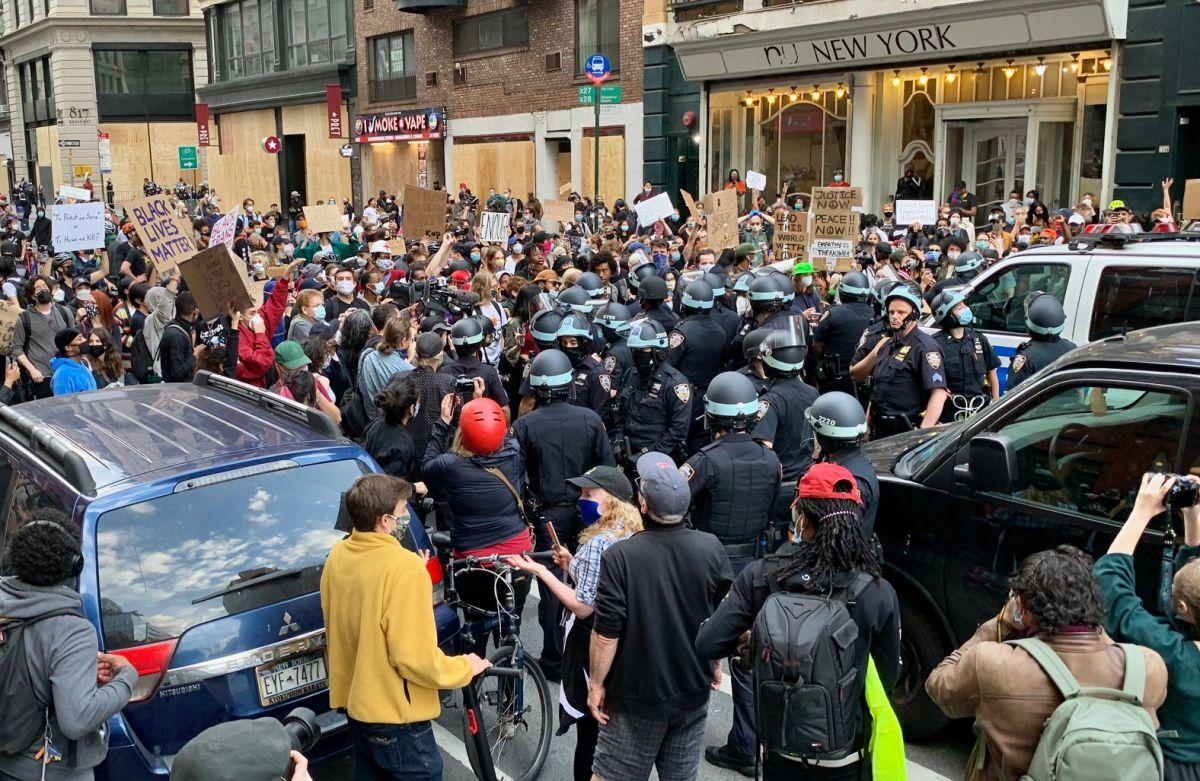 El alcalde y el NYPD son acusados de consentir brutalidad policial