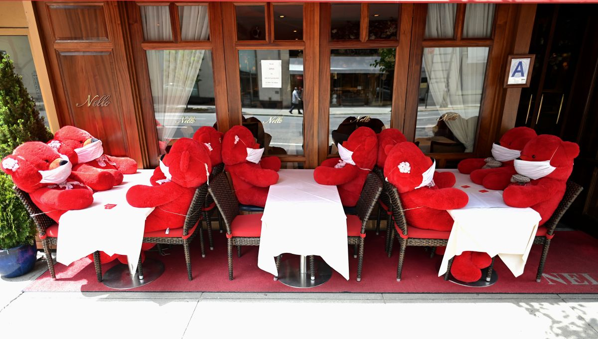 Restaurantes de NY podrán abrir al aire libre desde la Fase 2 de la reapertura