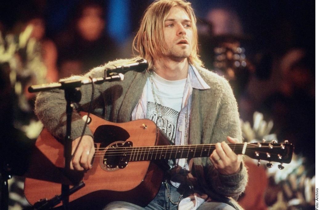La legendaria guitarra de Kurt Cobain fue subastada en Los Ángeles en $6 millones