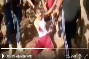 VIDEO: CJNG descuartiza viva a mujer por supuestamente ser de grupo rival