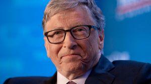 Bill Gates responde a las teorías conspirativas que lo involucran en el inicio de la pandemia... que él predijo