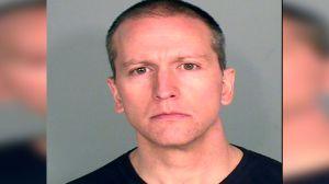El oficial acusado de matar a George Floyd podría recibir más de $1 millón de dólares de pensión