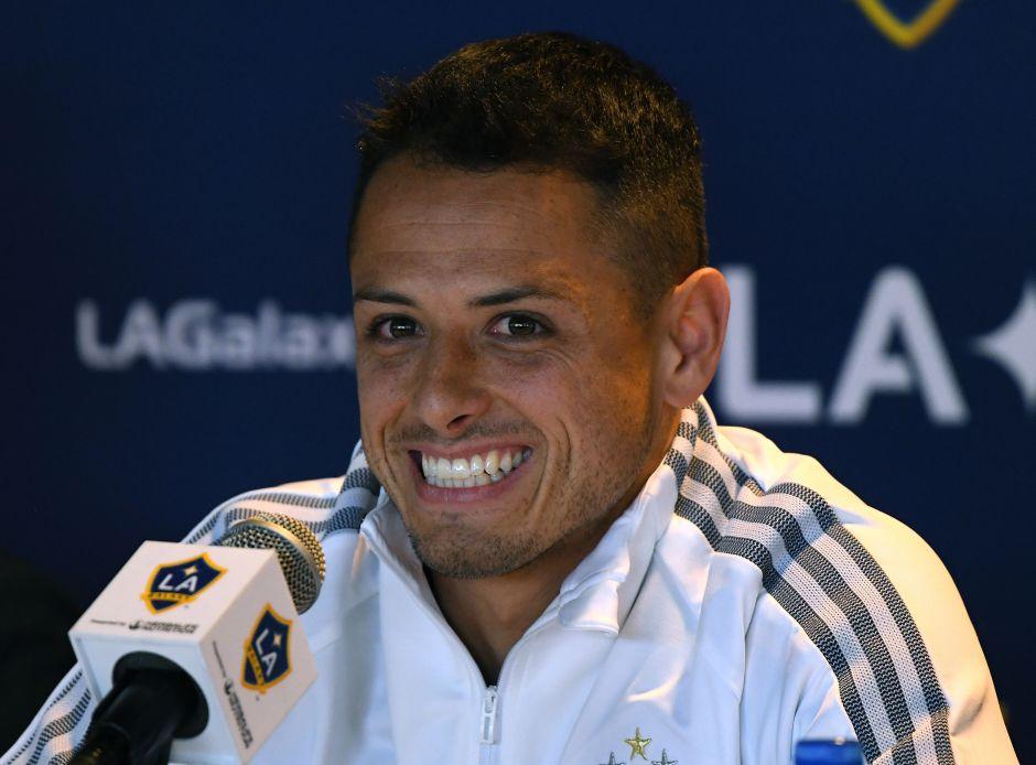 """Fans despiden al Galaxy de forma pintoresca: El MLS is Back se acerca y """"Chicharito"""" sí viajará"""