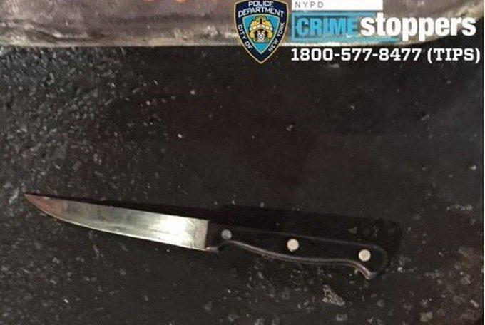 Dos policías baleados y otro acuchillado en el cuello en un mismo incidente en Nueva York; FBI investiga el caso