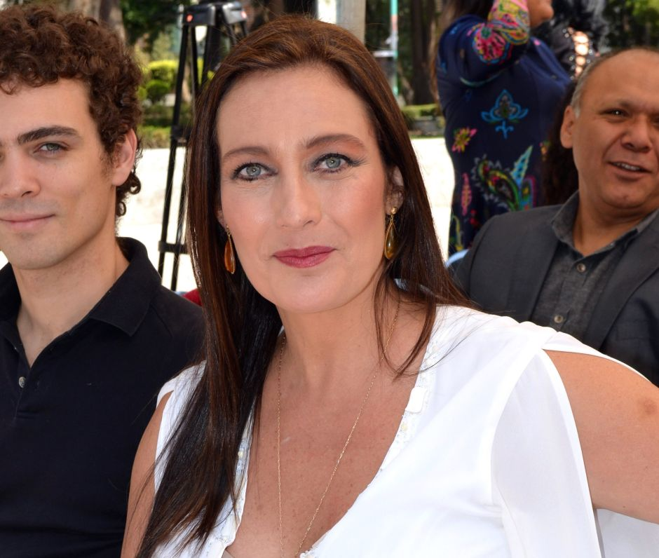 Famosa actriz de Televisa hace fila por ayuda alimentaria tras cuatro meses sin trabajo