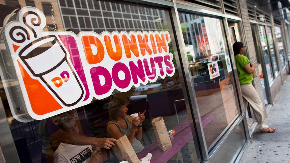 Dunkin' Donuts vende donas de Halloween hechas con uno de los chiles más picantes del mundo