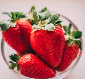 Efectiva y fácil solución para eliminar restos de pesticidas en frutas y verduras sin vinagre