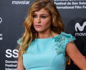 Así fue la terrible caída que sufrió Paulina Rubio en el escenario