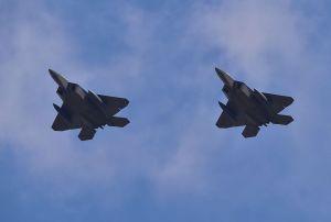 Aviones de Estados Unidos interceptan a cazas rusos cerca de Alaska