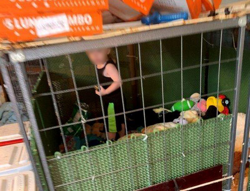 La madre más cruel del mundo: su bebé hambriento vivía en una jaula rodeado por más de 600 animales en EE.UU.