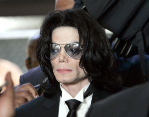 Revelan supuesto audio de Michael Jackson donde se le escucha temer por su vida