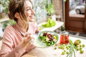 Cómo la alimentación puede paliar los efectos negativos del estrés