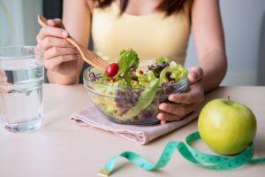Lo que sucede en el cuerpo al comer ensaladas diariamente