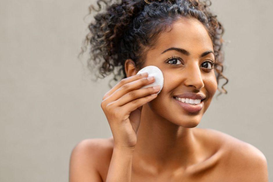 3 maneras de usar vinagre de manzana para la cara sin dañarla y obtener sus beneficios