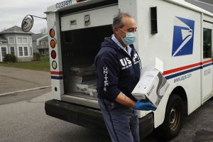 IRS empieza hoy a enviar cartas para que reclames cheque de estímulo atrasado