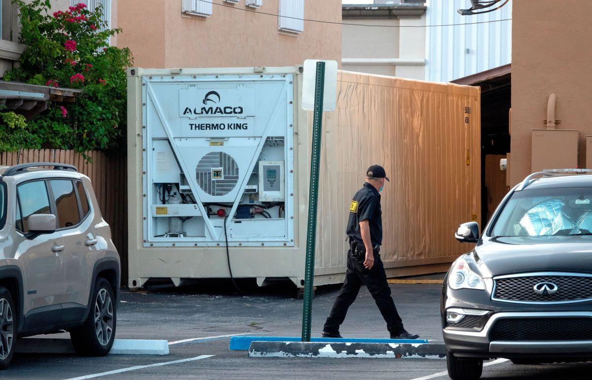 Supuestos cadáveres en contenedores causan revuelo en comunidad hispana de Florida