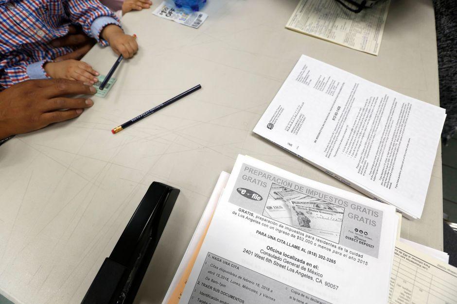 Indocumentados de California que declaren impuestos podrán recibir reembolsos