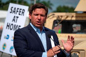 El gobernador de Florida extiende la moratoria para evitar desalojos por impagos de viviendas