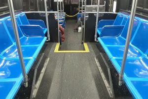 Buses de Nueva York dejarán de ser gratis el 31 de agosto: con cabinas aisladas esperan evitar contagios