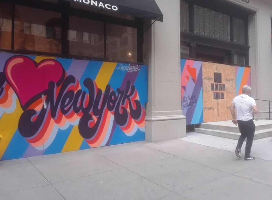 Pasajeros de zonas de alto contagio se exponen a multa de $2 mil dólares en Nueva York