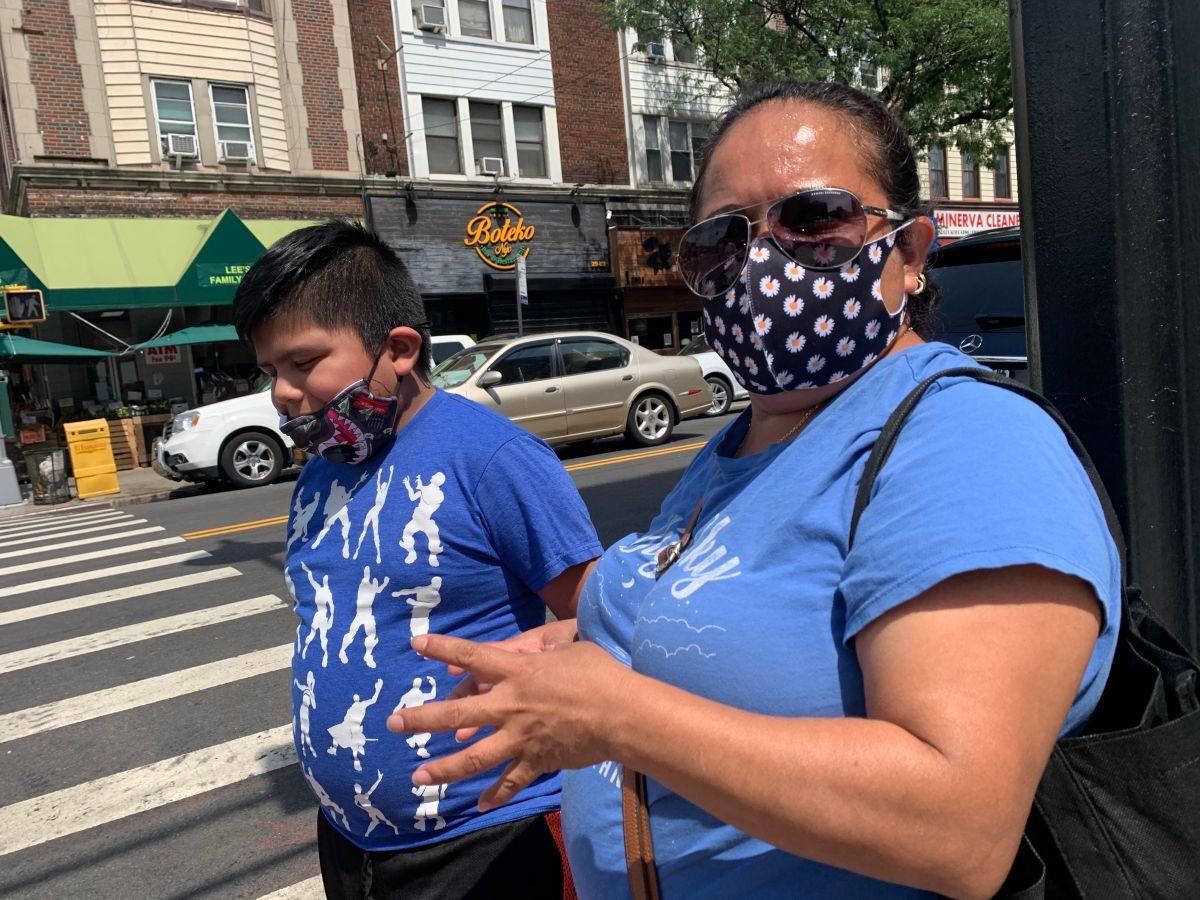 De Blasio presenta plan de reapertura de las escuelas pero exige contagios por debajo del 3%